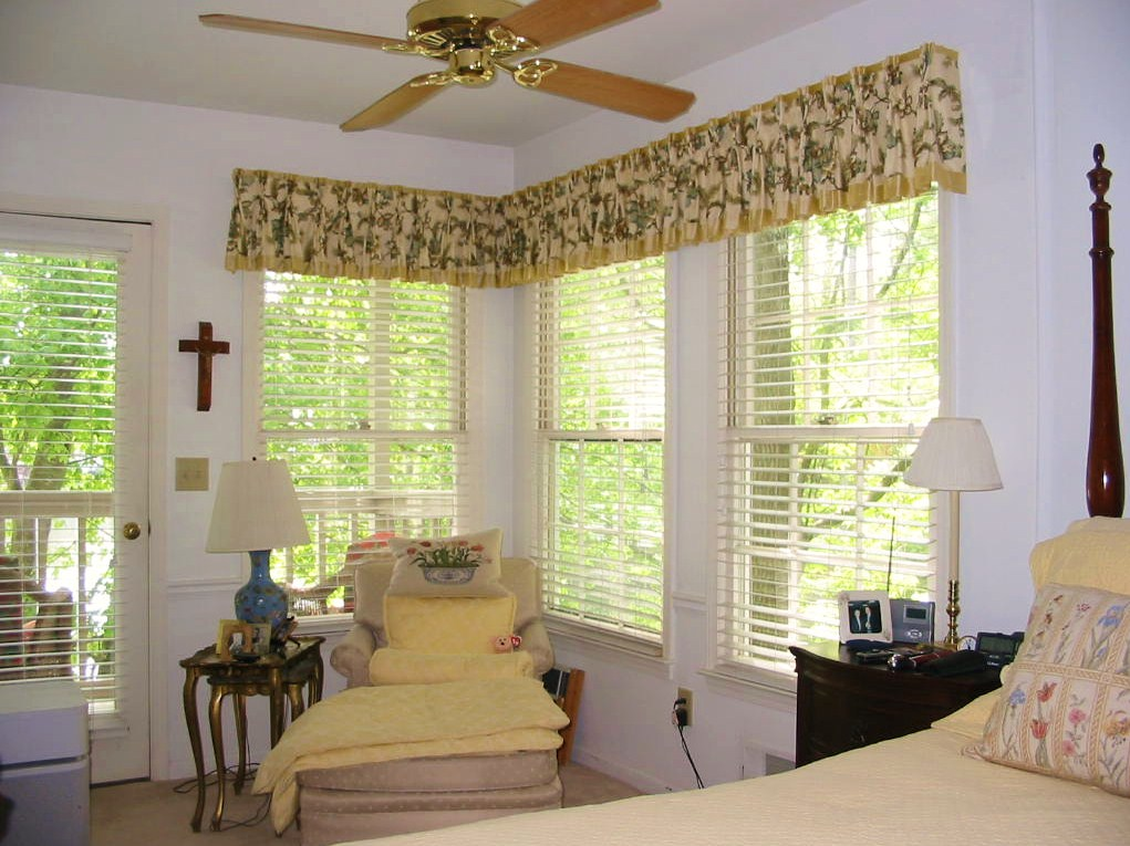 Bedroom - Lovely Window Treatment tastefully created!