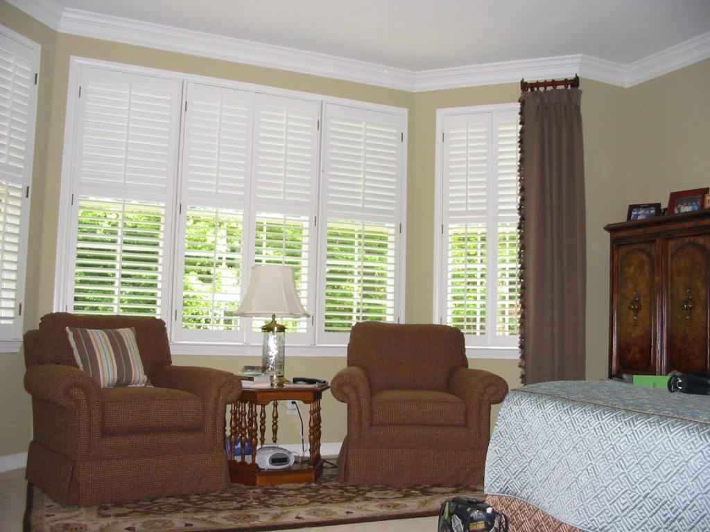 Bedroom photos julia 39 s custom windows renovations for Window treatments bedroom ideas