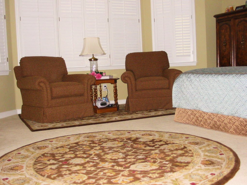 Bedroom - Seating area coordinated furniture