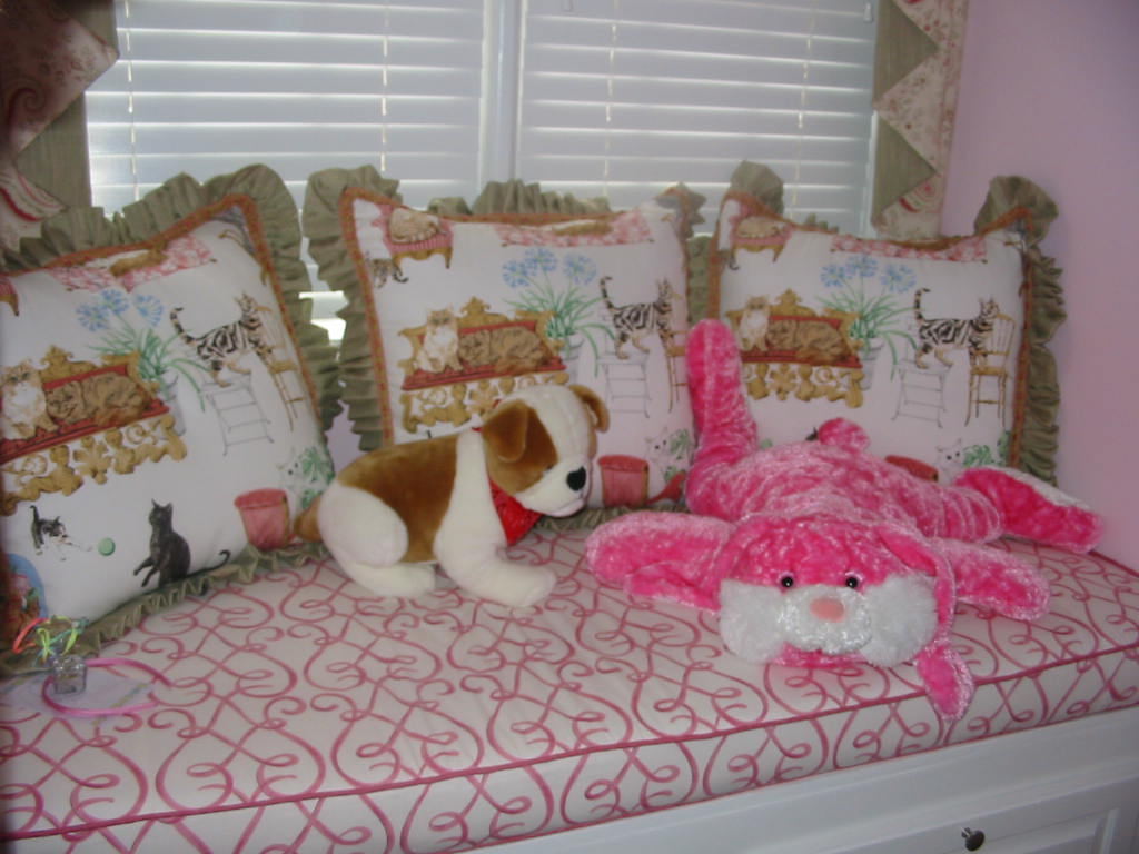 Girl's Room - Window Seat Cushion w/pillows & more!
