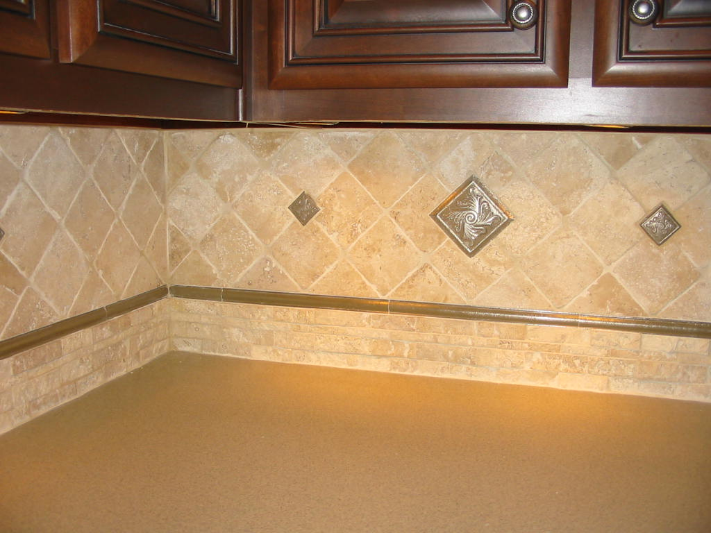 Kitchen - Beautiful tile backsplash, stack stone, metal tile