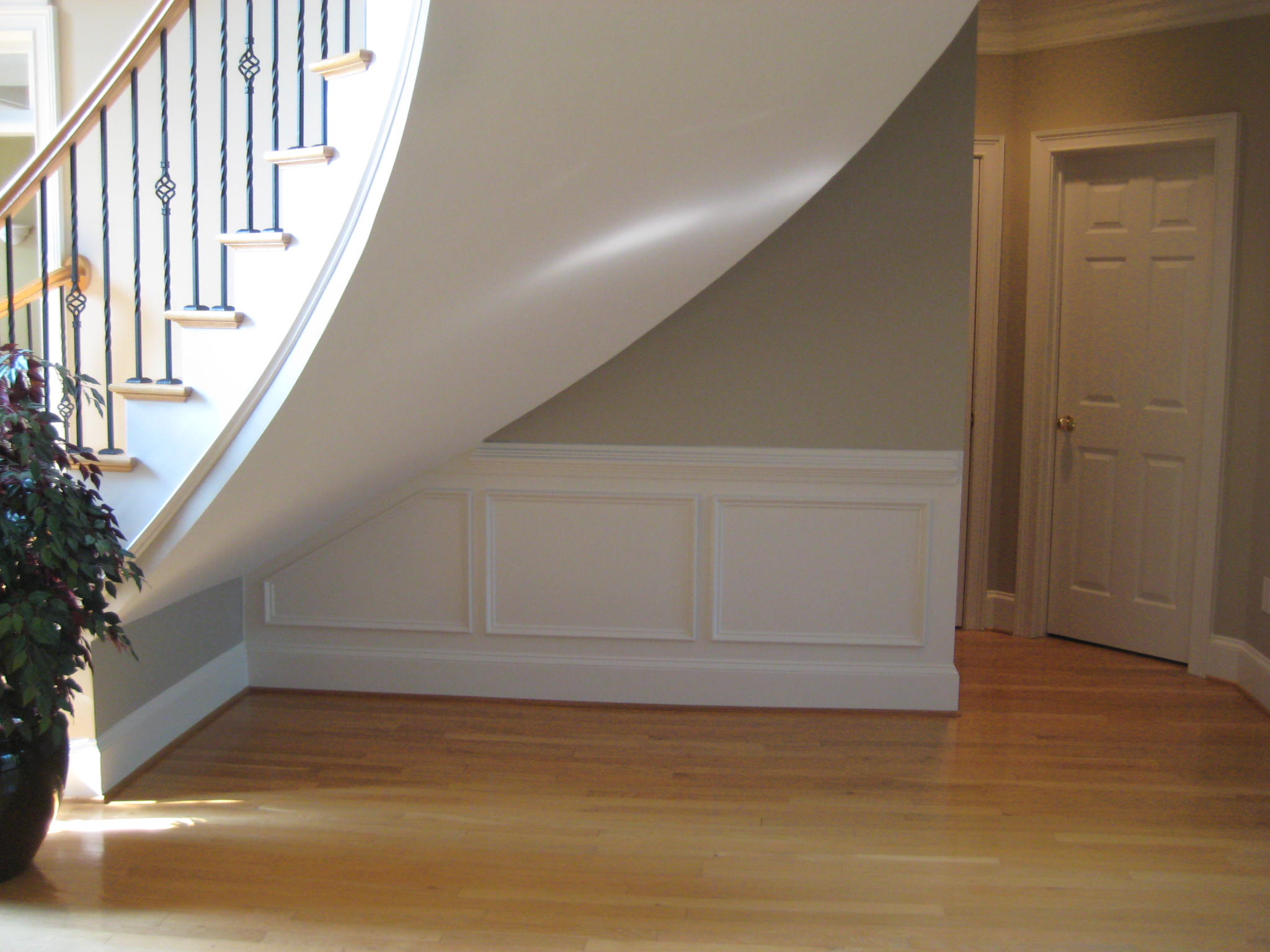 Beautifying staircase with additional wains coating and more.